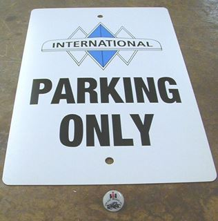 Picture of Parking Only Signs: Triple Diamond