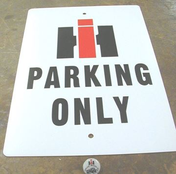 Picture of IH Parking Only Sign