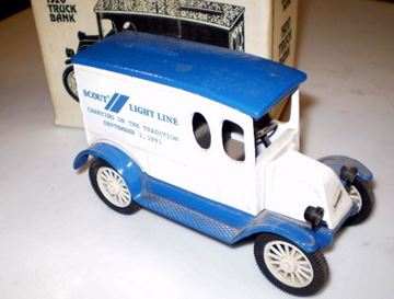 Picture of Scale Model Diecast 1921 Truck Scout/Light Line RARE