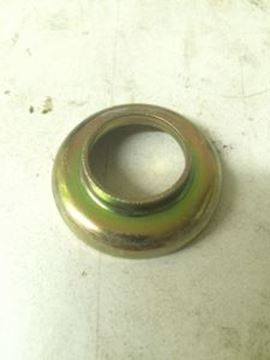 Picture of Transfer Case Mounting Insulator Retainer, 69-75 Pickup / Travelall