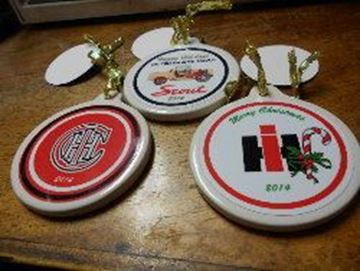 Picture of 2014 SET of 3 Ornaments