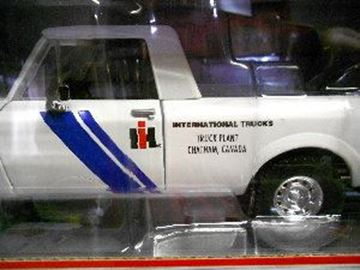 Picture of First Gear Diecast 1/25 Scale Scout Terra Chatham TRUCK PLANT
