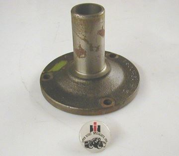 Picture of Standard Transmission Main Drive Gear Retainer with seal