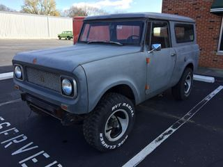 Picture of 1970 Scout 800A Grey Primer